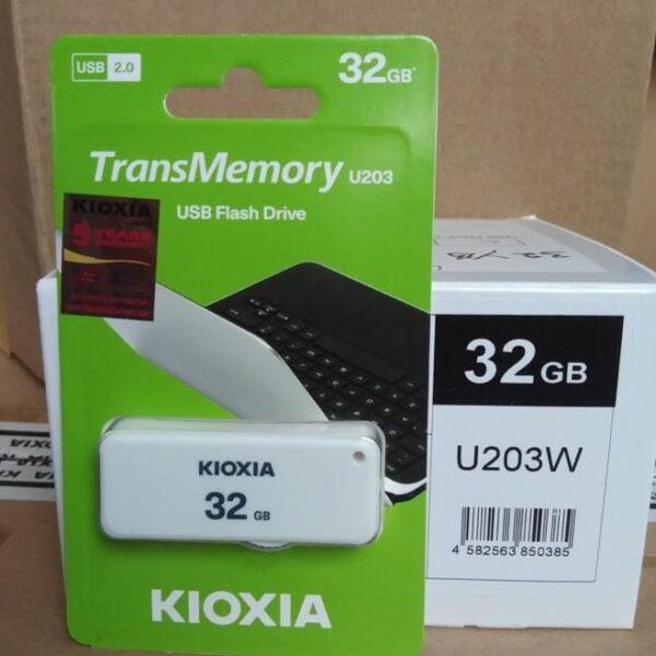 Kioxia U203 Flashdisk 32GB